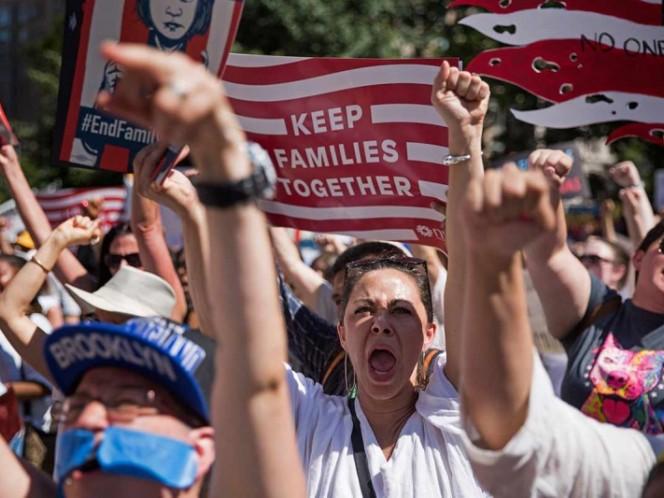 Miles marchan en EUA contra la política migratoria de Trump
