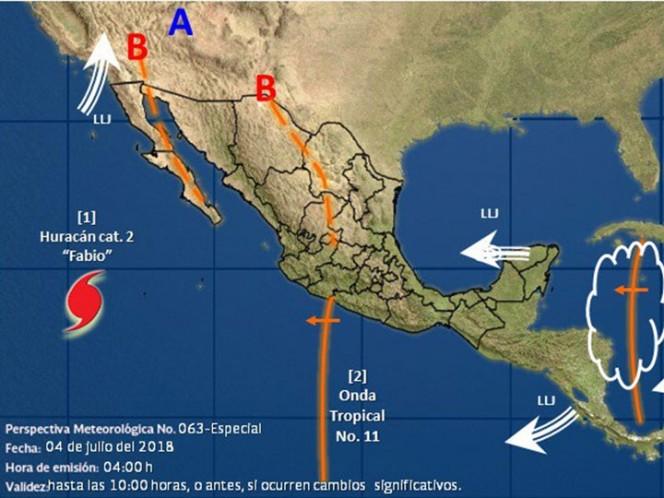 Huracán 'Fabio' alcanza categoría 2, mientras se aleja de México