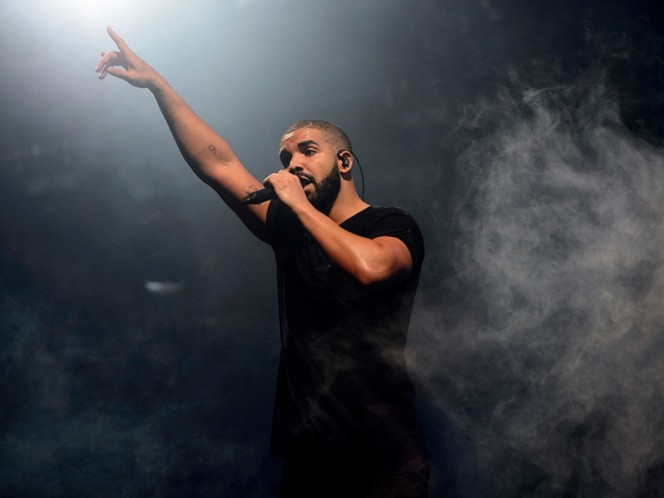Rompe récord Drake de The Beatles en las listas de Billboard
