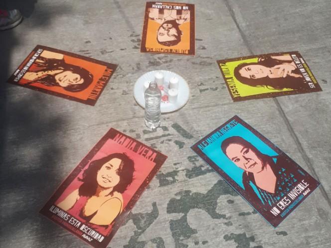 Recuerdan a víctimas de la Narvarte; familiares exigen respuestas de Mancera
