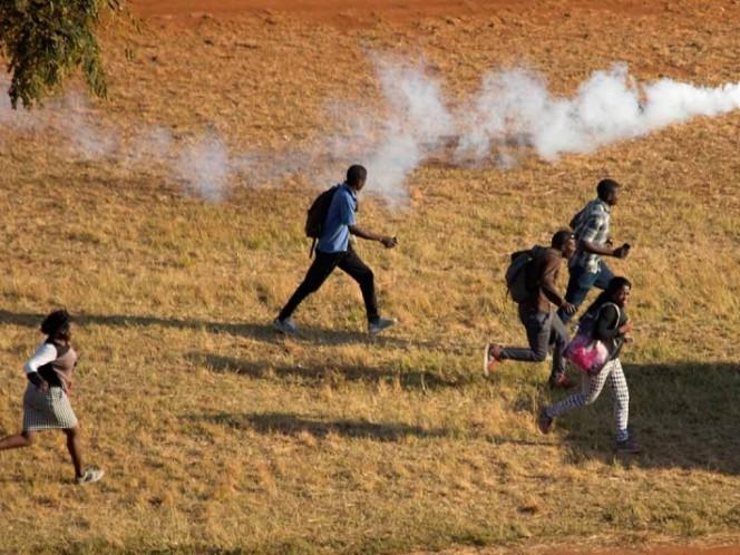 Mnangagwa ratifica transparencia de elecciones en Zimbabue
