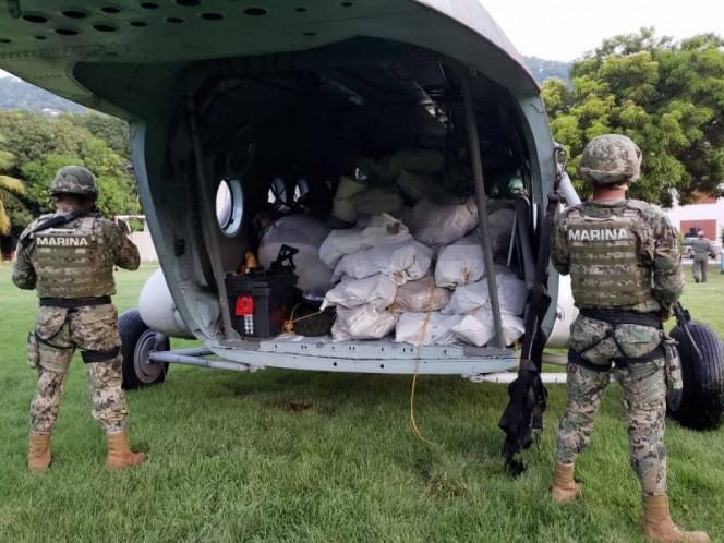 Aseguran casi dos toneladas de presunta cocaína en costas de Guerrero