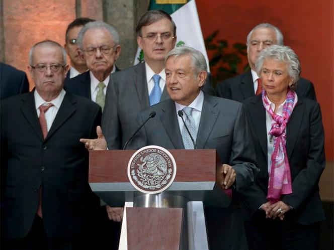 El presidente electo, Andrés Manuel López Obrador, destacó que la maestra Elba Esther Gordillo no trabajará en el próximo gobierno – Foto: Presidencia