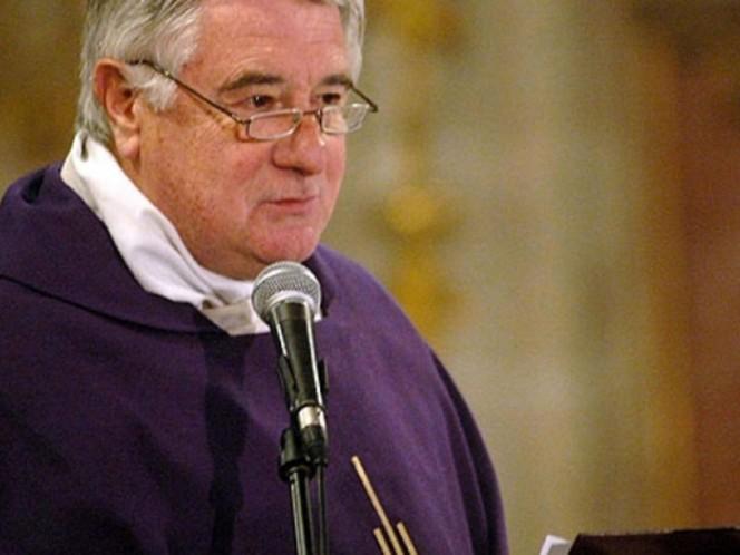 Vaticano sanciona con expulsión del estado clerical a Cristián Precht