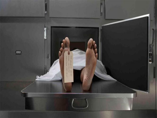 Tras congestión alcohólica, despierta en la morgue y vuelve a la fiesta