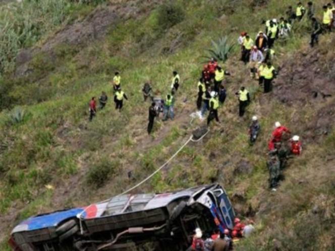 Nueve personas fallecieron tras volcamiento de bus en Balsas