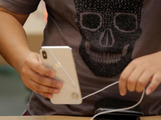 Mexicanos agotan el iPhone Xs