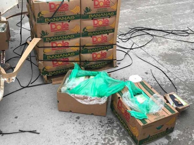 Bananas donadas a cárcel en Texas tenían cocaína adentro
