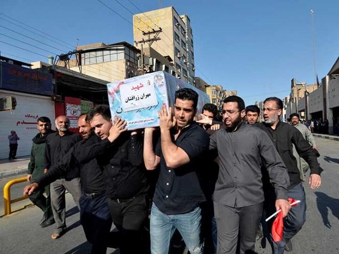 24 muertos en ataque a desfile militar en Irán