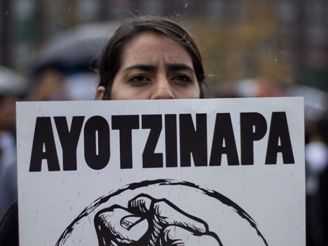 Con o sin sentencia habrá comisión investigadora en Ayotzinapa: AMLO