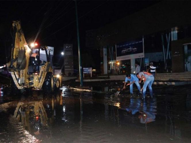 Tormenta en Colima inunda 11 casas y afecta a 45 vehículos