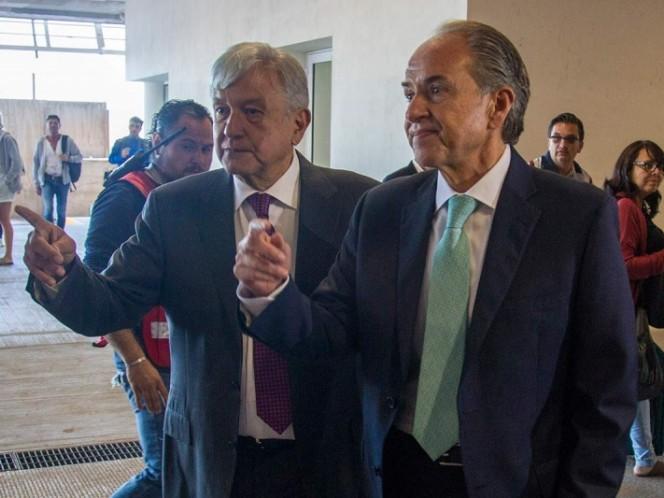 Obrador reconoce que analizará legalización de algunas drogas