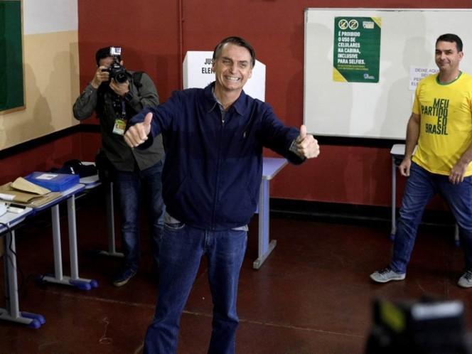 Brasil: Bolsonaro ganó pero habrá segunda vuelta