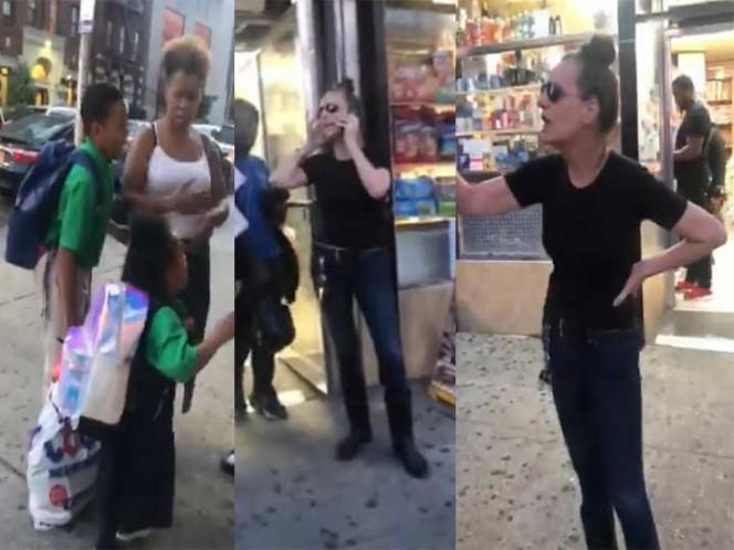 Mujer denuncia que niño la 'manoseó'; cámaras la desmienten