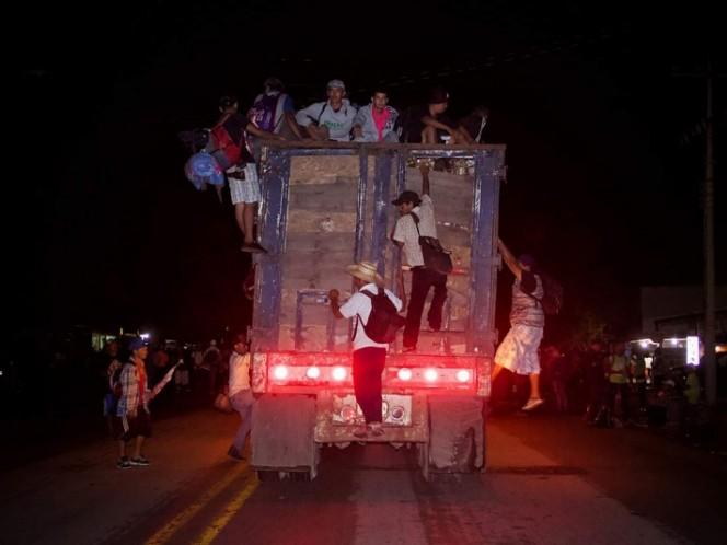 Desesperados migrantes avanzan hacia Donají Oaxaca