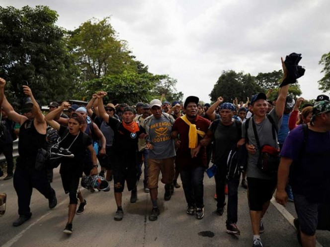 La caravana de migrantes continúa su marcha rumbo a EE.UU