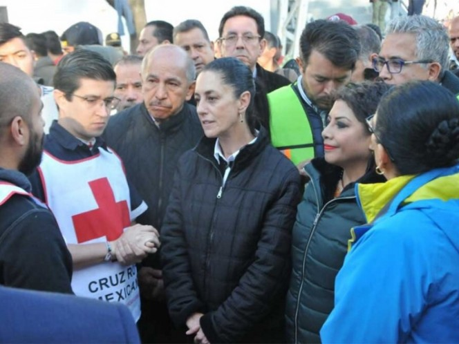Sheinbaum visita albergue de migrantes hondureños