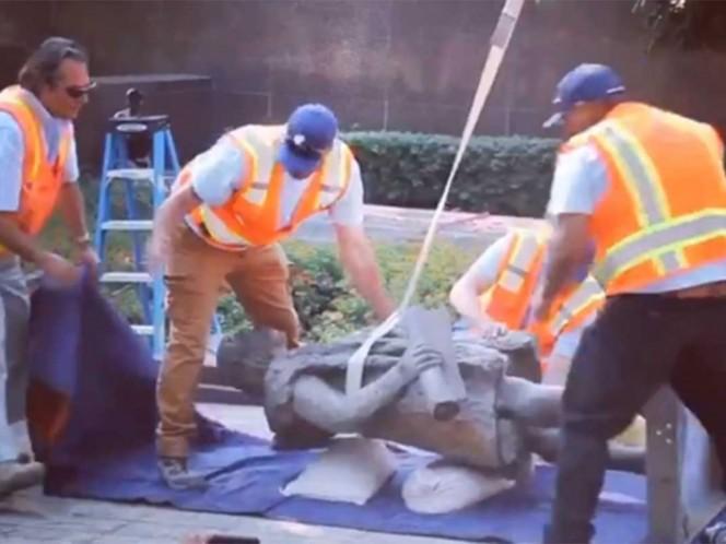 Los Ángeles quita una estatua de Colón en apoyo a los indígenas