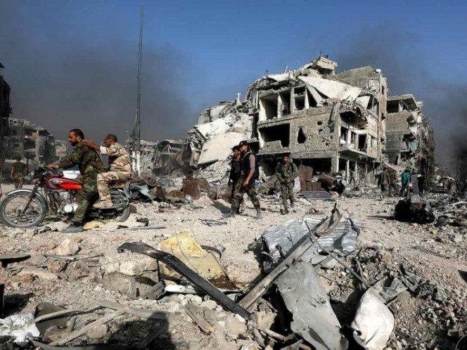 Bombardeos de coalición internacional provocan decenas de muertos en Siria