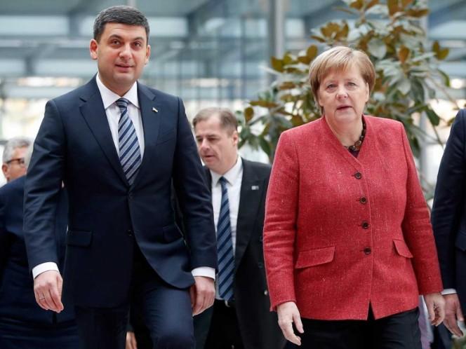 Rusia: Trump suspende reunión con Putin por política interna