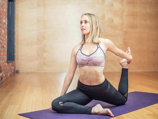Profesora de yoga asesina a la novia de su exmarido