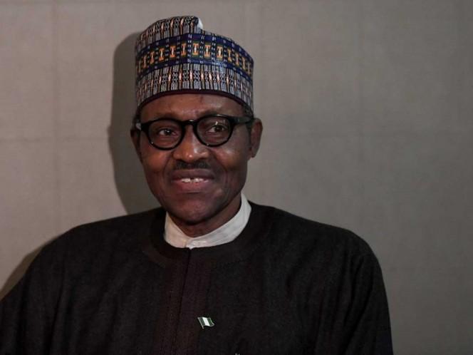 Un presidente desmintió haber sido remplazado por un clon — Insólito