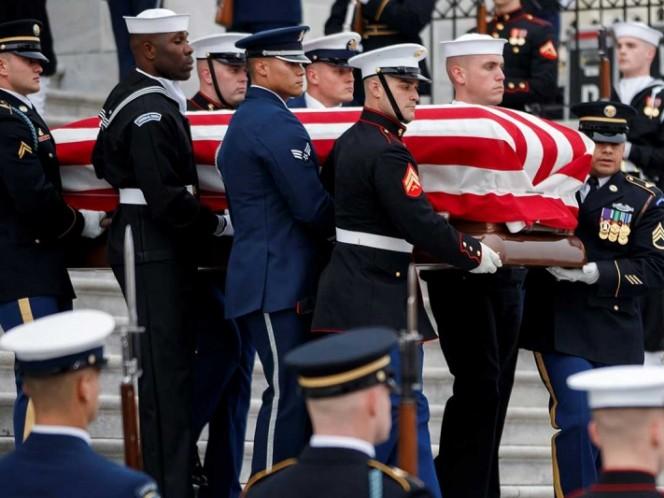 Cuerpo de George HW Bush arribó a Texas para un último adiós
