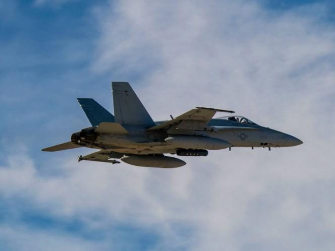 Chocan dos aviones militares de Estados Unidos en Japón