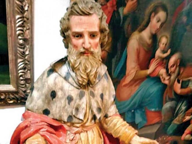 Recuperan en CDMX esculturas de arte sacro robadas en Puebla en 2001