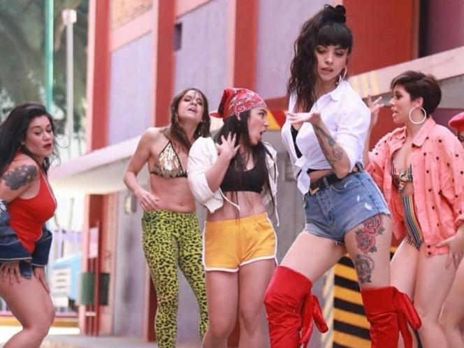 Mon Laferte lanzó el video oficial de su tema 'Caderas blancas'. (Foto: @monlaferte)
