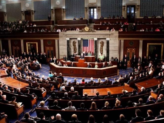 Aprueban demócratas reabrir gobierno sin financiamiento para muro