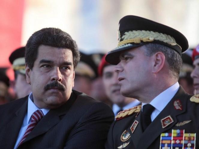 Ministro de Defensa habría pedido la renuncia de Maduro