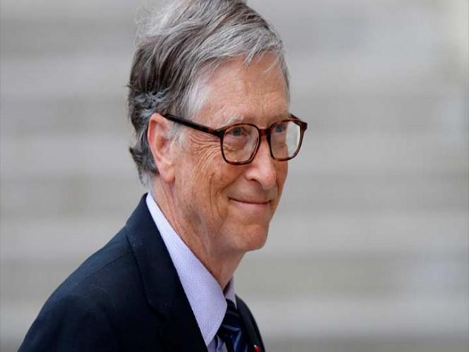 Captan a Bill Gates haciendo fila para comprar hamburguesa