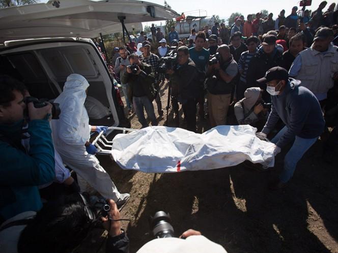 El gobernador de Hidalgo, Omar Fayad, informó que suman 71 muertos por la explosión en un ducto de Pemex – Foto: Cuartoscuro