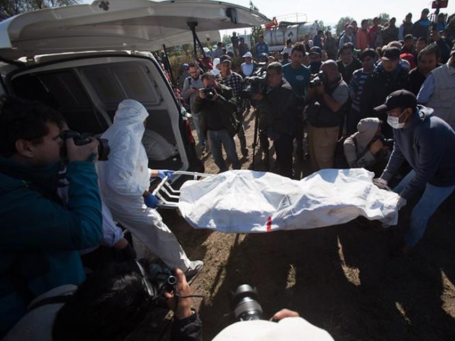El gobernador de Hidalgo, Omar Fayad, informó esta noche que el número de fallecidos por la explosión en un ducto de Pemex, en Tlahuelilpan, Hidalgo, aumentó a 76 – Foto: Cuartoscuro