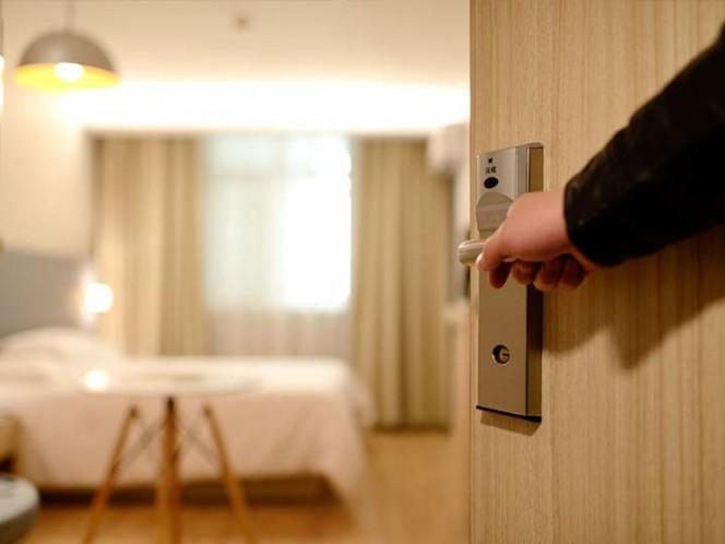 Dejan propina y nota suicida en un hotel de Nueva York