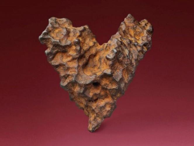 Meteorito en forma de corazón será subastado el Día de San Valentín