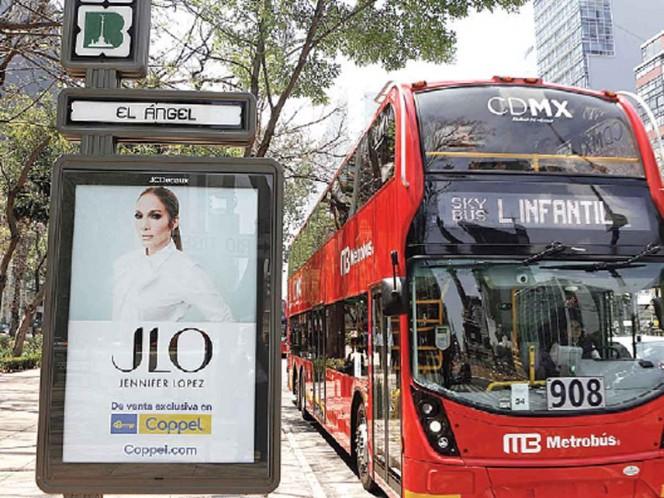 Ordenan a Línea 7 del Metrobús dejar anuncios