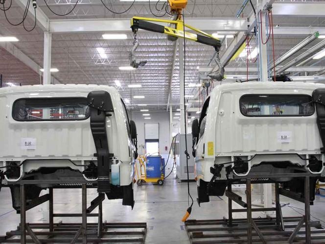 Cae producción y exportación de autos en México durante febrero
