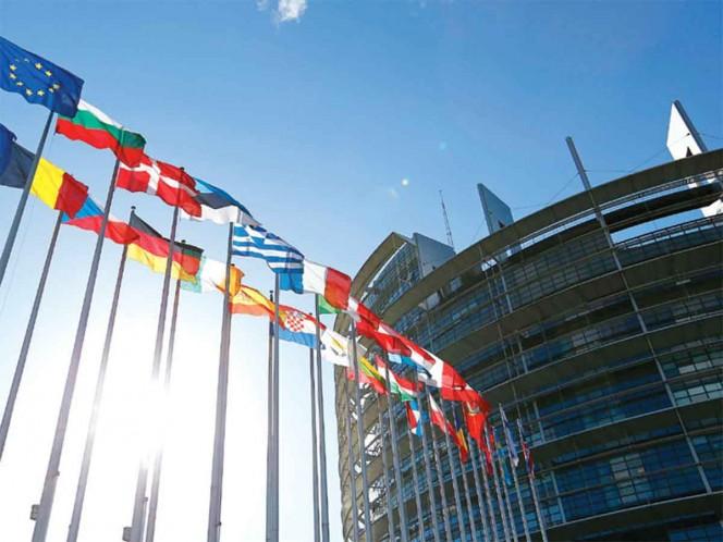 UE agrega 10 países a su lista negra de paraísos fiscales