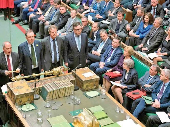Parlamento rechaza Brexit sin acuerdo