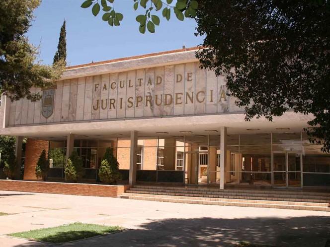 Alumnas denuncian acoso sexual y Fiscalía investiga a académico de Coahuila