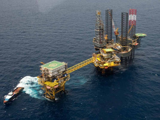 Garantiza Gobierno respetar contratos para extraer petróleo