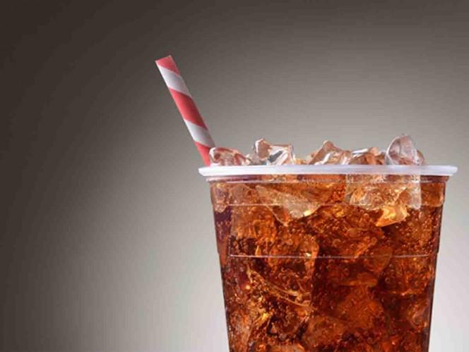 Juez 'castiga' a hombre prohibiéndole tomar su refresco favorito