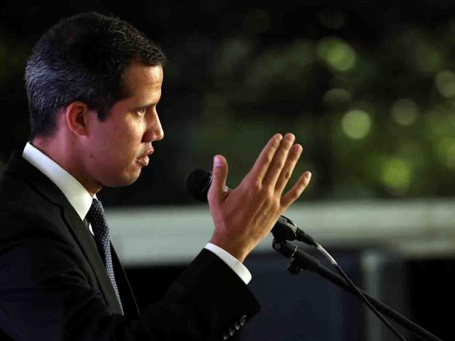 Contraloría venezolana inhabilitó a Guaidó por 15 años para ejercer cargos públicos