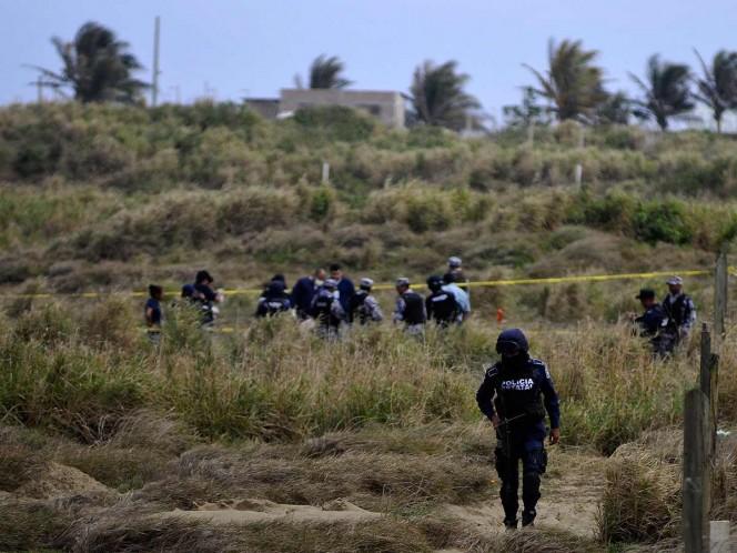 Hallan 36 fosas clandestinas en un predio en Veracruz