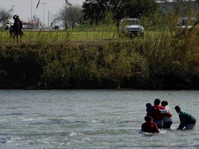 Muere bebé en Río Bravo tras volcarse balsa