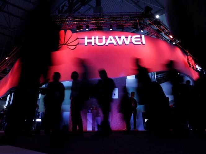El fundador de Huawei considera que EEUU 'subestima' su empresa
