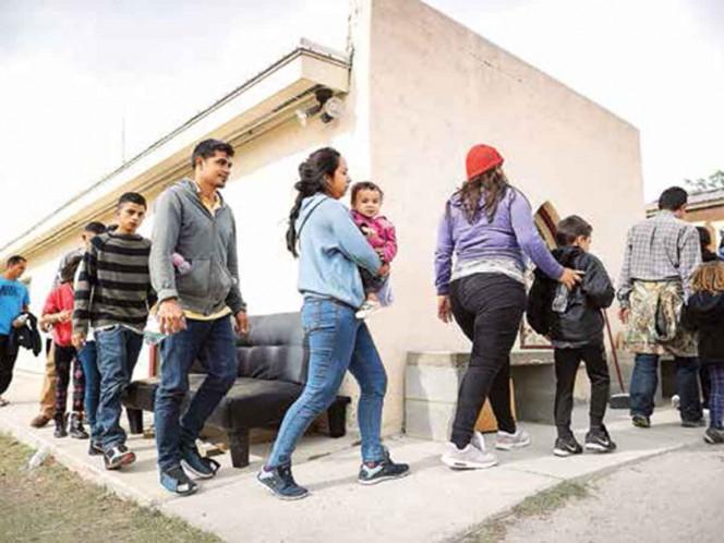 18,700 esperan en México refugio de EU; predominan familias centroamericanas