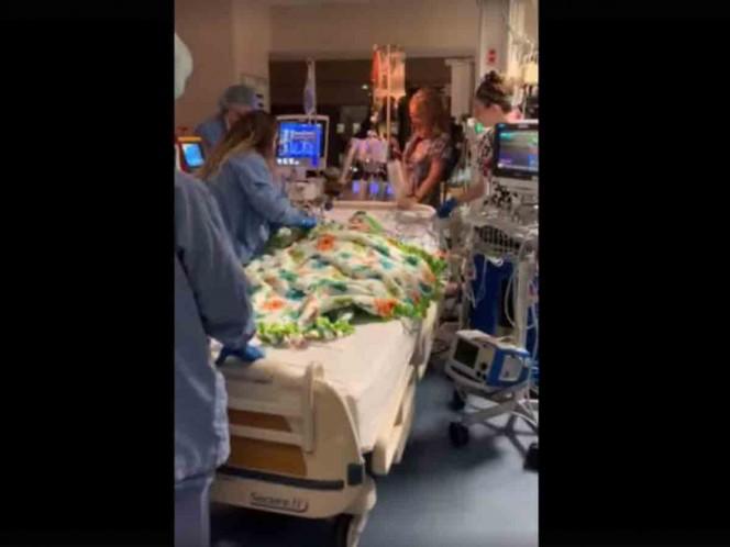 El doloroso adiós de unos padres a su bebé antes de morir